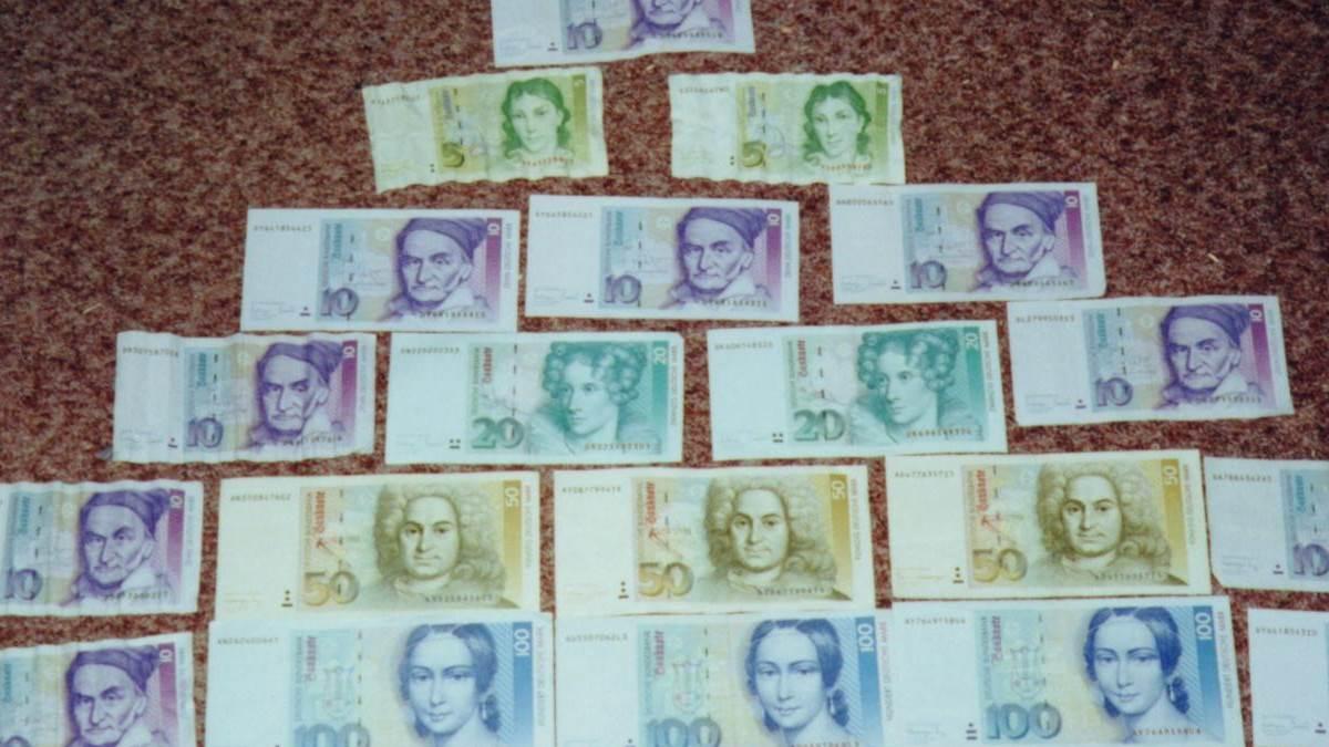 beispielhaftes Geld