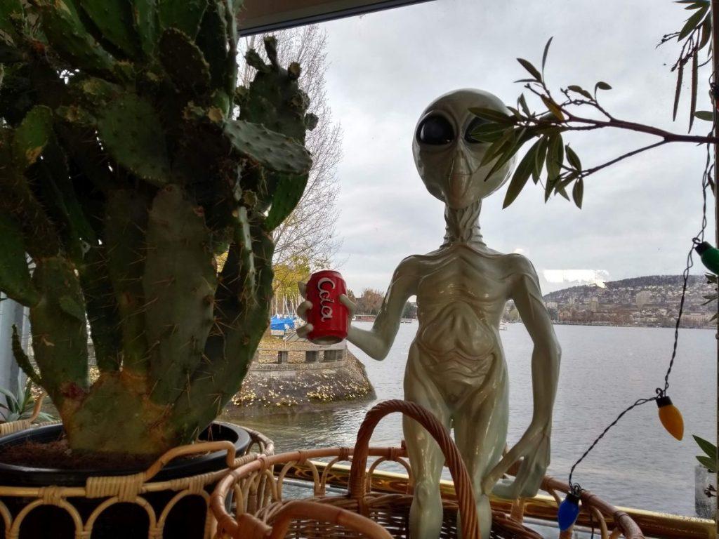 Aliendekoration im Lokal Samigo in Zürich